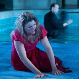 Idomeneo im Müllerisch´n Volksbad. Sopran Bianca Koch singt die Elettra.